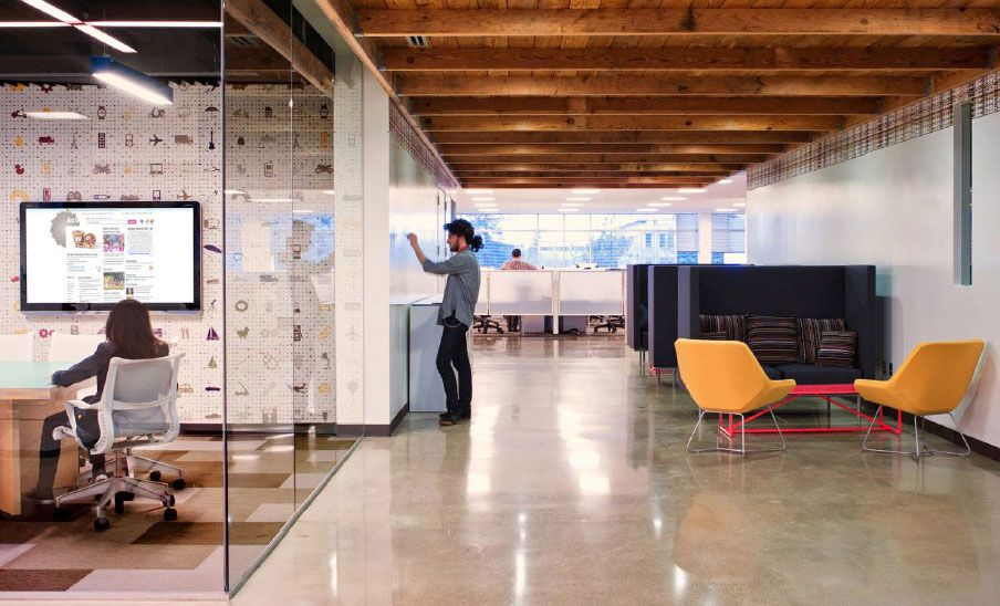 New AOL Creative Office With Glass Partition Interior Design