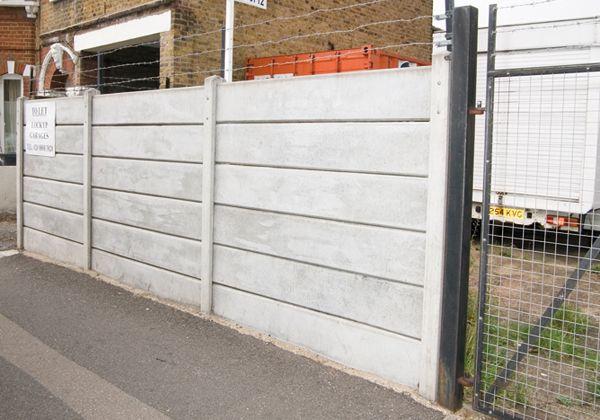 Gravel Board Wall Jpg 600 420 Concrete Fence Fence Panels Garden Fence Panels