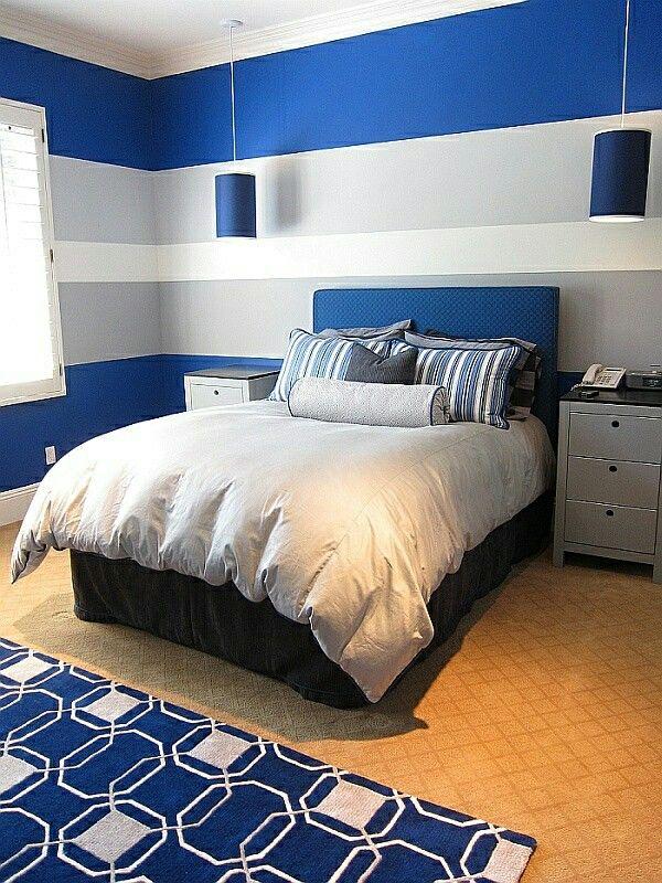 Farbkombi königsblau, weiß, hellgrau Jugendzimmer