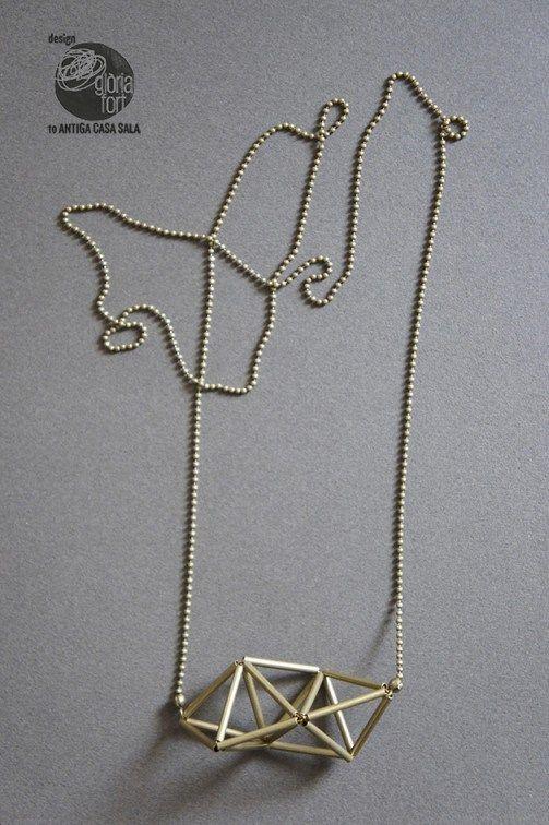 Collaret Triangulum
