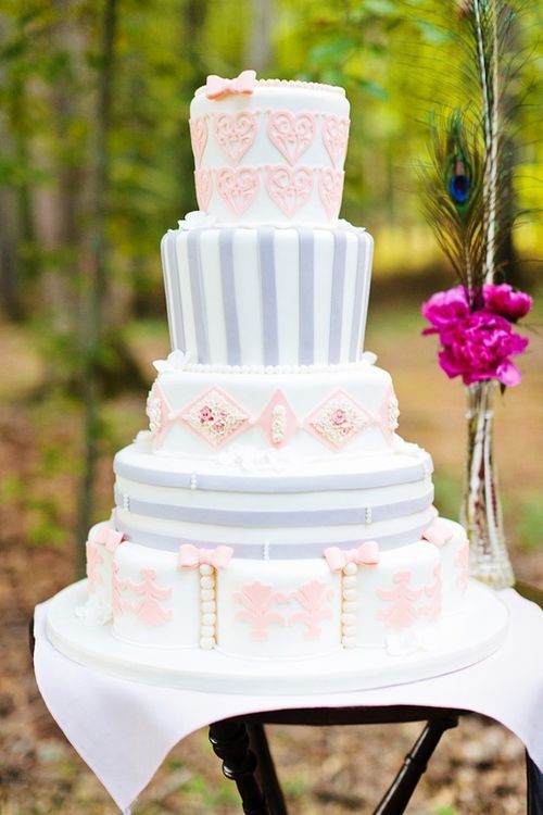 Alice in wonderland tea party wedding inspiration cake