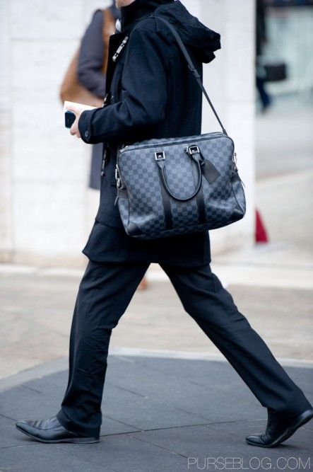 3f4b53ccbf2c This bag is nice because it is elegant yet you can dress down with it.  Thanks  LouisVuitton