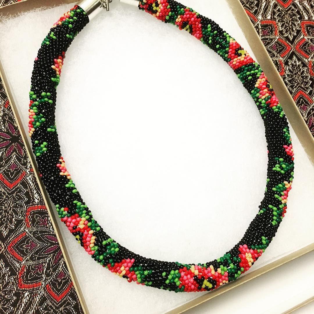 Isn't it perfect? Rose crochet necklace  In love!! #handmade #crochet #necklace #etsy #fashionblogger #etsyhandmade #etsyfinds #toronto #narmina #blogger #handmadejewelry #beadedjewelry #beads
