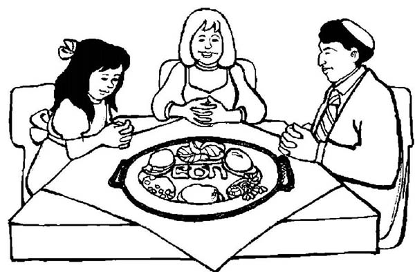 Making Pray Before The Passover Dinner Coloring Page Download Print Online Coloring Pages For Free C Online Coloring Pages Coloring Pages Online Coloring