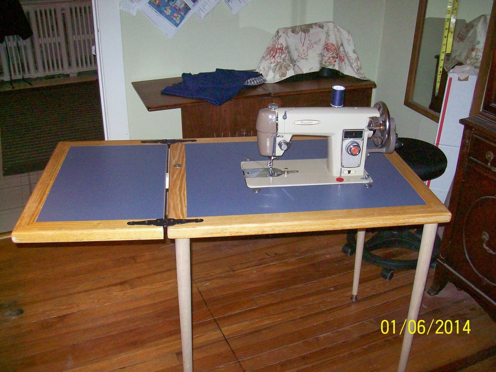 Exceptional Seam Ripper Joe...and His Sewing Machine: D.I.Y. Flatbed Sewing Machine  Table