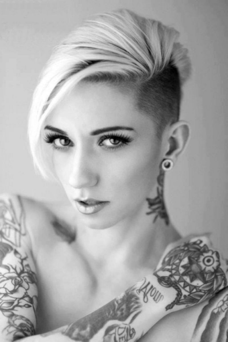undercut frauen frisuren so stylen sie den undercut diy frisurentrends tattoo undercut. Black Bedroom Furniture Sets. Home Design Ideas