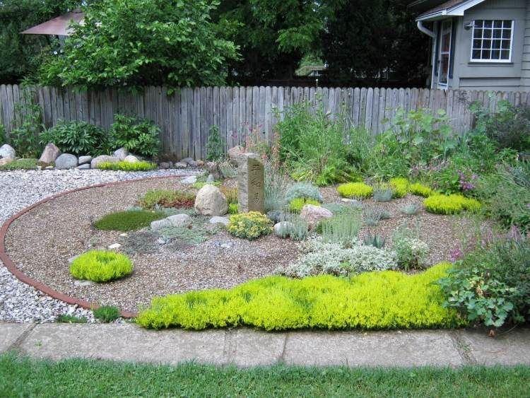 Quelles plantes pour son jardin sec id es et conseils for Gros rocher pour jardin