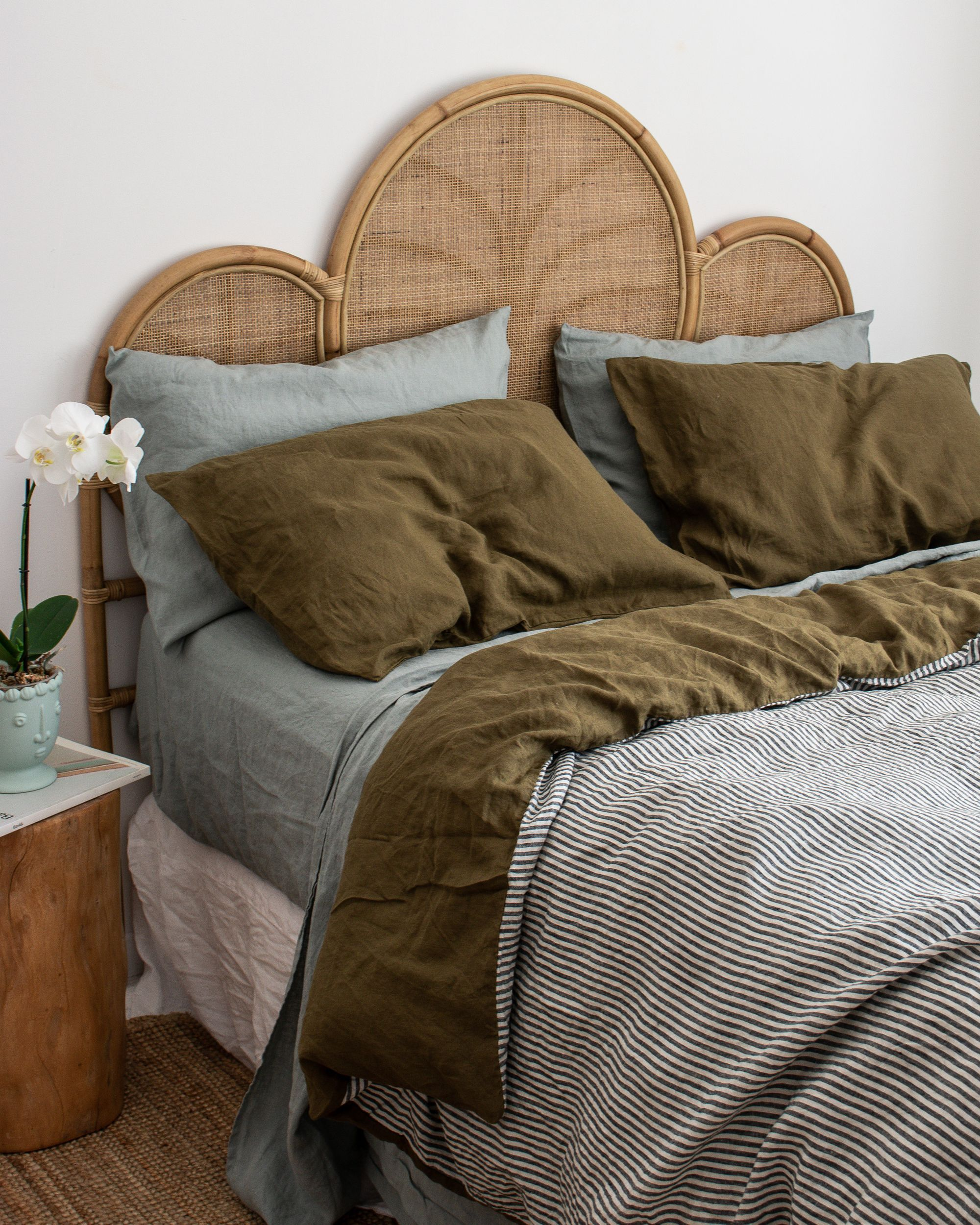 Photo of Home Interior Simple An autumnal colour combination of Sage & Olive and Charcoal Stripe reversible French linen bedding
