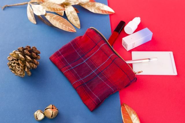 Now you've got a winter-friendly clutch to fill with your favorite makeup and accessories.