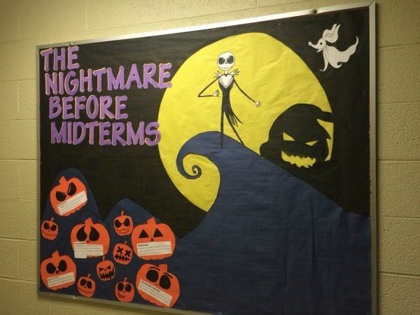 25 Fall Bulletin Boards and Door Decorations for Your Classroom #rabulletinboards
