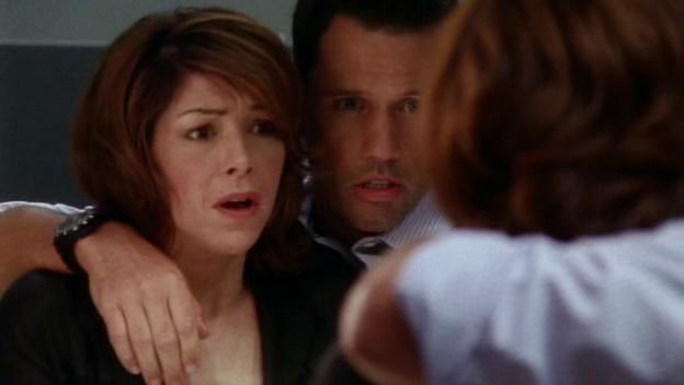 "Burn Notice 2x08 ""Double Booked"" - Michael Westen (Jeffrey Donovan) & Jeannie Anderson (Amy Pietz)"