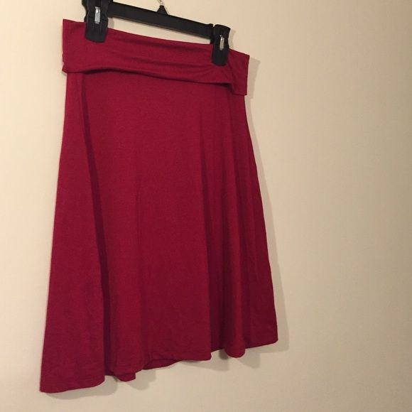 Soft red skirt This is an awesomely soft deep red skirt Old Navy Skirts