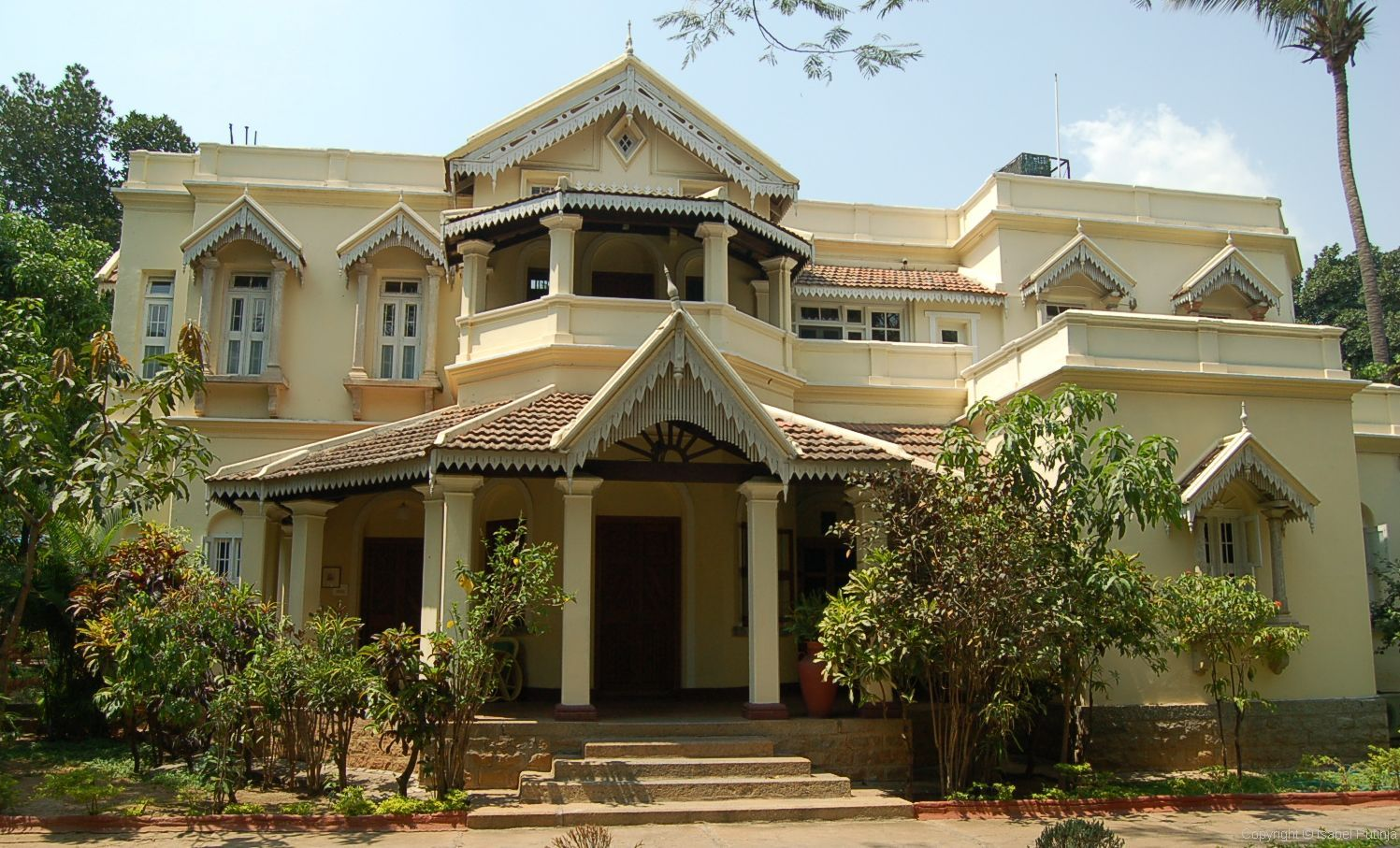 Kothi, Villas, Bungalows, House, Floors and Flats for Sale