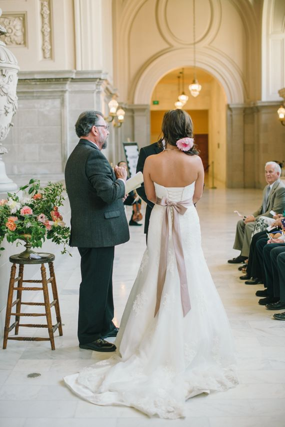 Intimate san francisco court house wedding photo by for Sf courthouse wedding