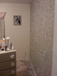 glitter paint for maybe one of Willow's walls!