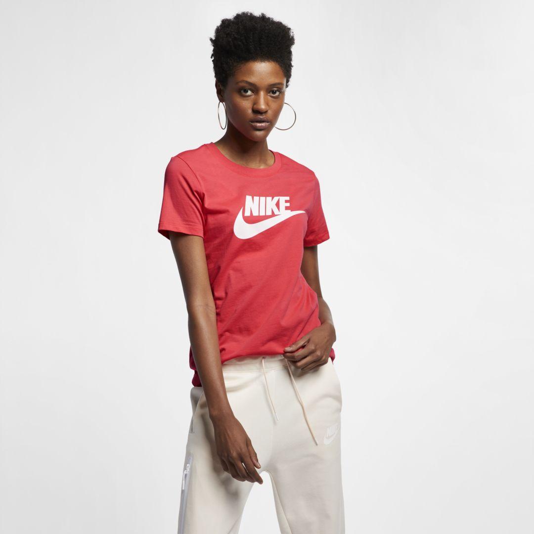 7b5ab95b765a4 Sportswear Essential Women's T-Shirt in 2019 | Products | Nike ...