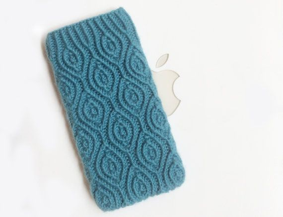 iPhone 5 iTouch 5 Case Cover Hand Knit in Wool  by downgirl