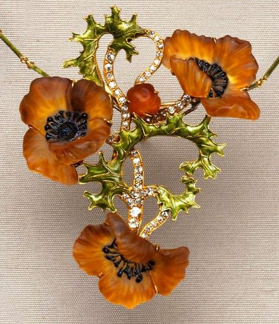 Lalique 1900-03 Poppy Necklace: patinated glass, enamel, gold, rose-cut diamonds. marinni.livejournal.com