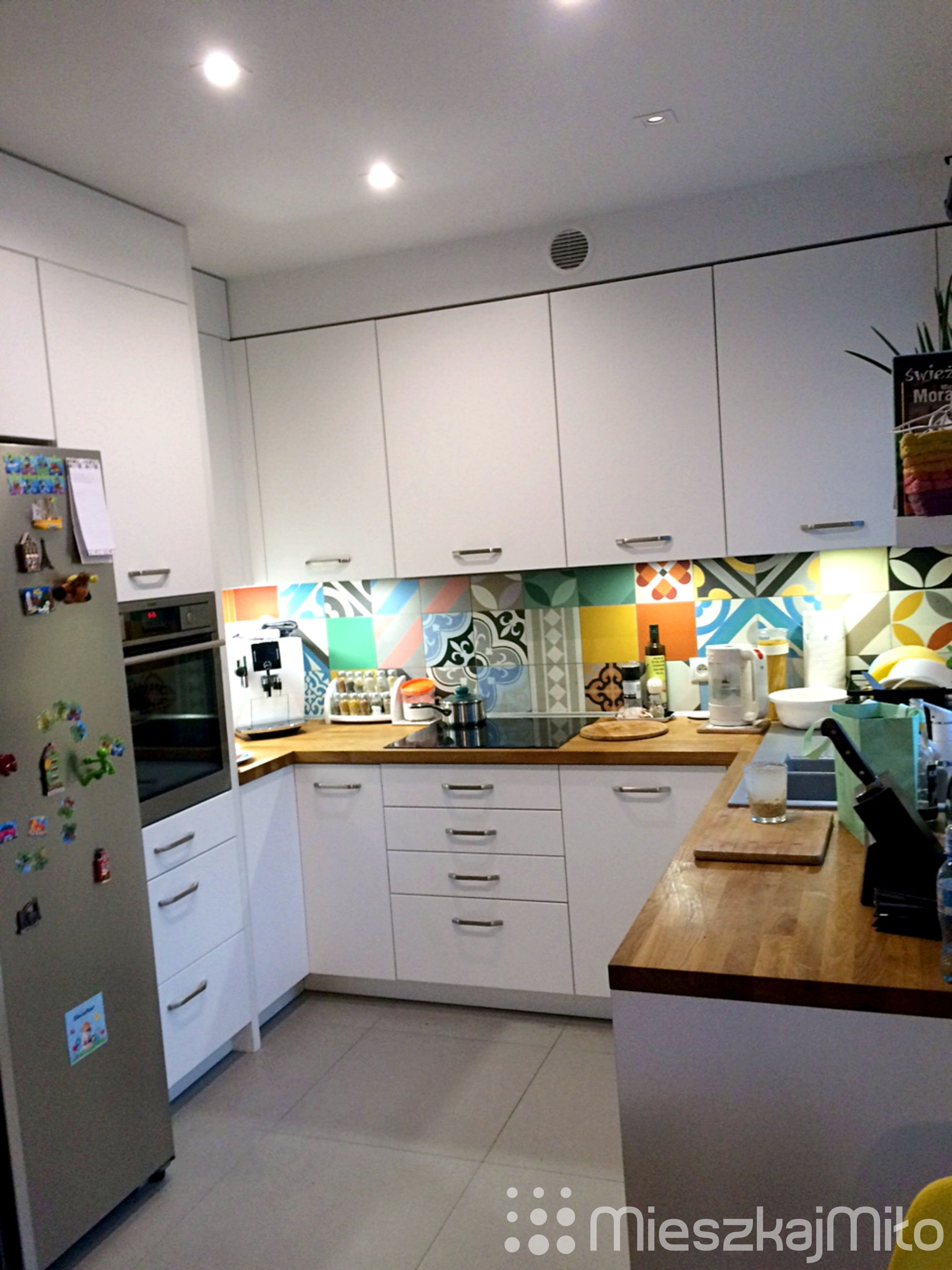 Purpura Płytki ścienne W Kuchni Aranżacja Mieszkania W