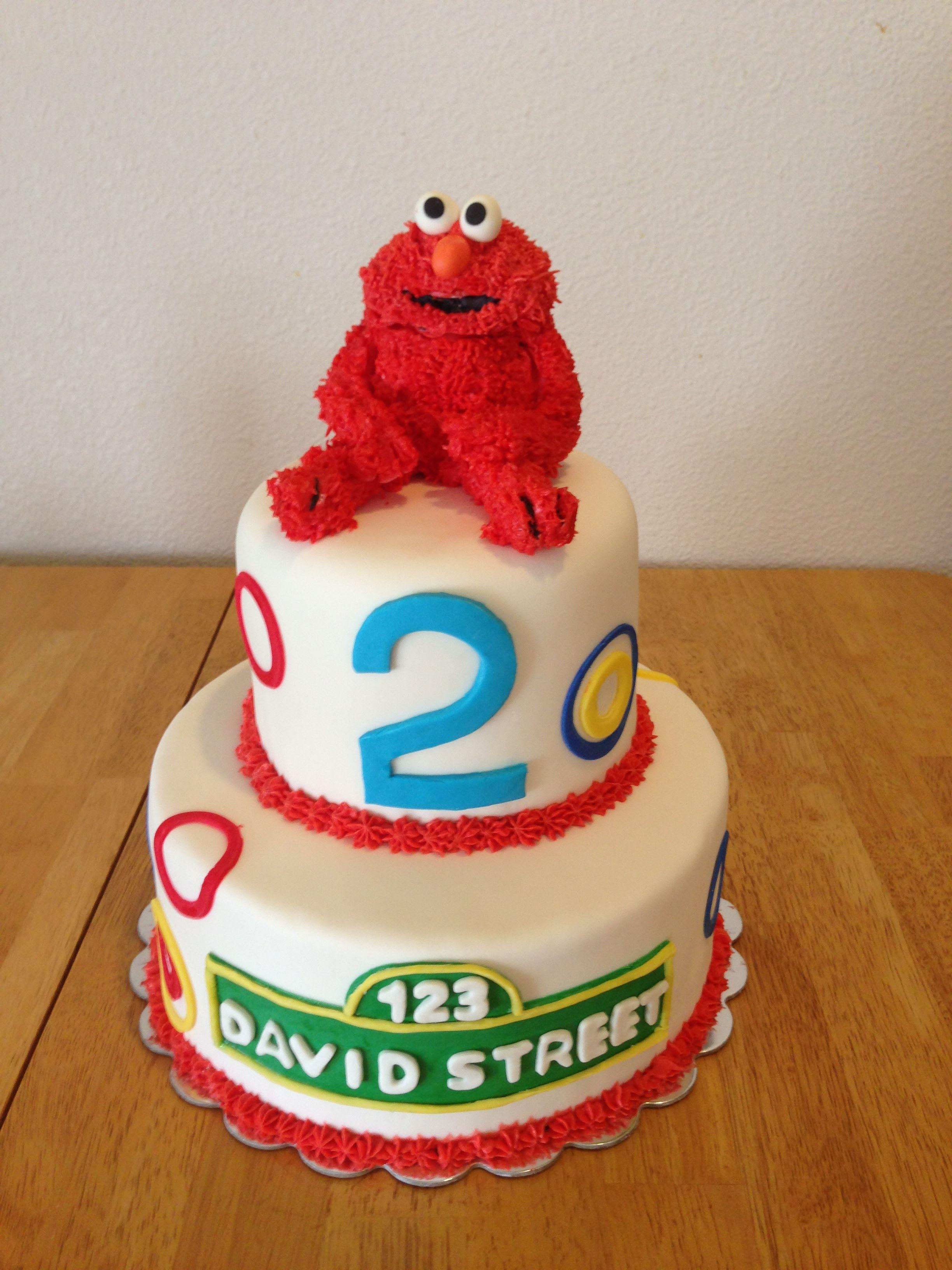 Elmo birthday cake with edible buttercream elmo and
