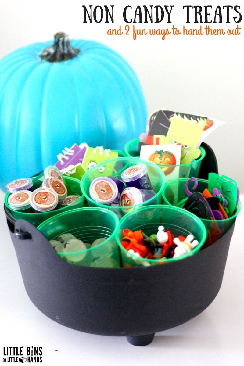 Awesome Non Candy Halloween Treats for Your Teal Pumpkin