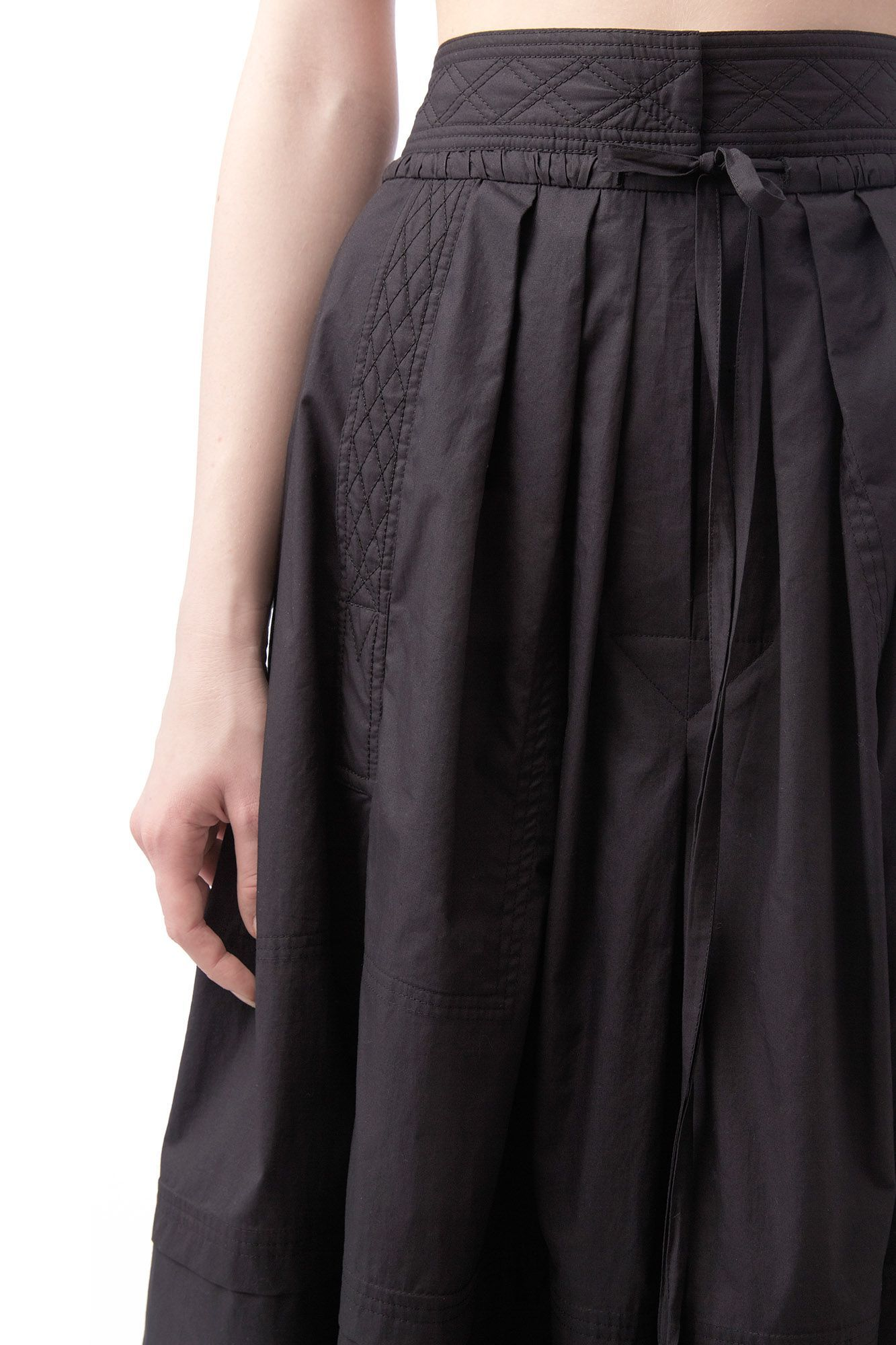 Black high waisted maxi skirt with string belt   Nehera.com
