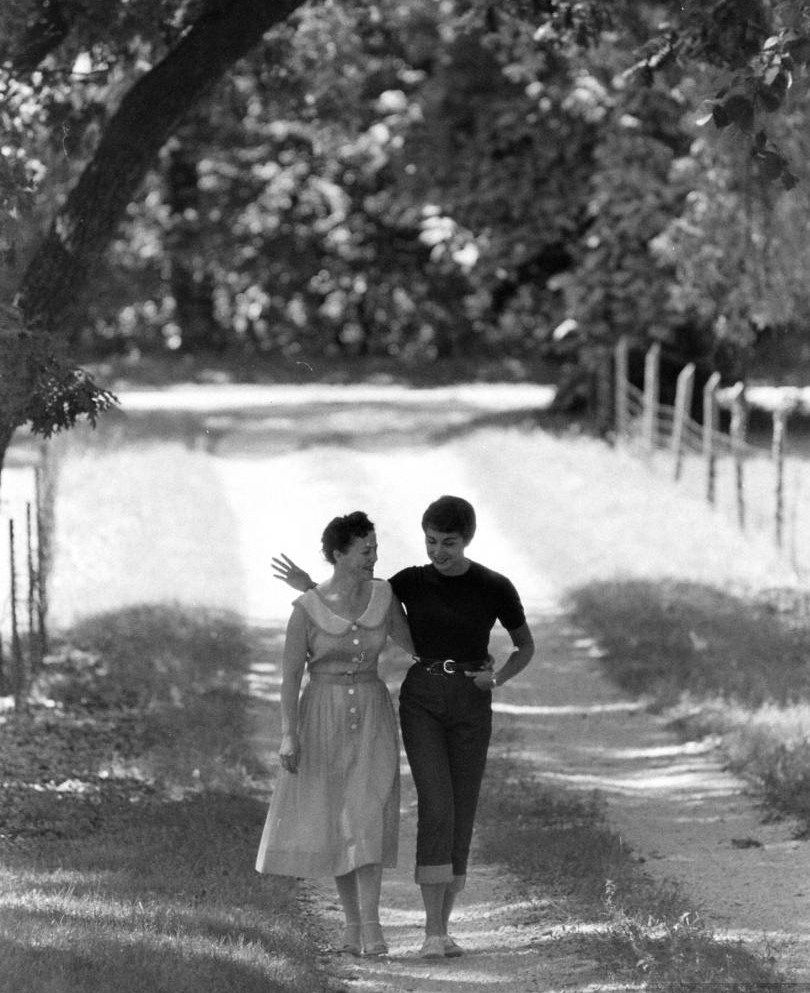 "reallytrying: "" legrandcirque: ""Stan Wayman, A lesbian couple strolling  through the woods after their wedding, 1950s. "" this is really the most  romantic ..."