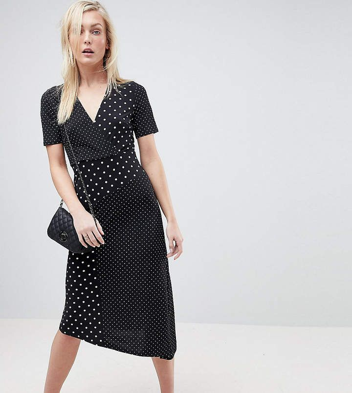 Wrap dresses for all sizes #Dresswithsneakers | Wrap dress, Wrap dress outfit, Fashion clothes women