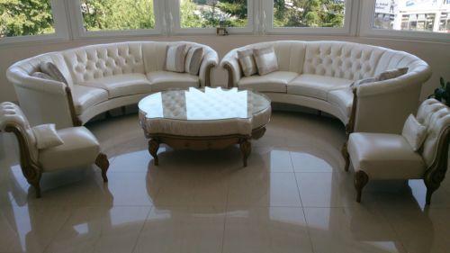 details zu runde couch sofa barock klassik design verona von nobelli leder couch sofa. Black Bedroom Furniture Sets. Home Design Ideas