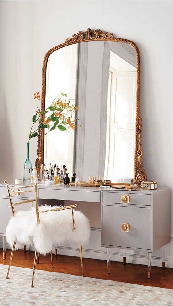 What a pretty little vanity 卧室 Pinterest Vanities, Gray