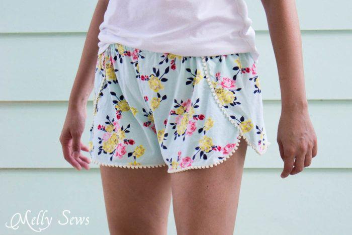Sew Pom Pom Shorts with Free Pattern | Pinterest | Nähen ...
