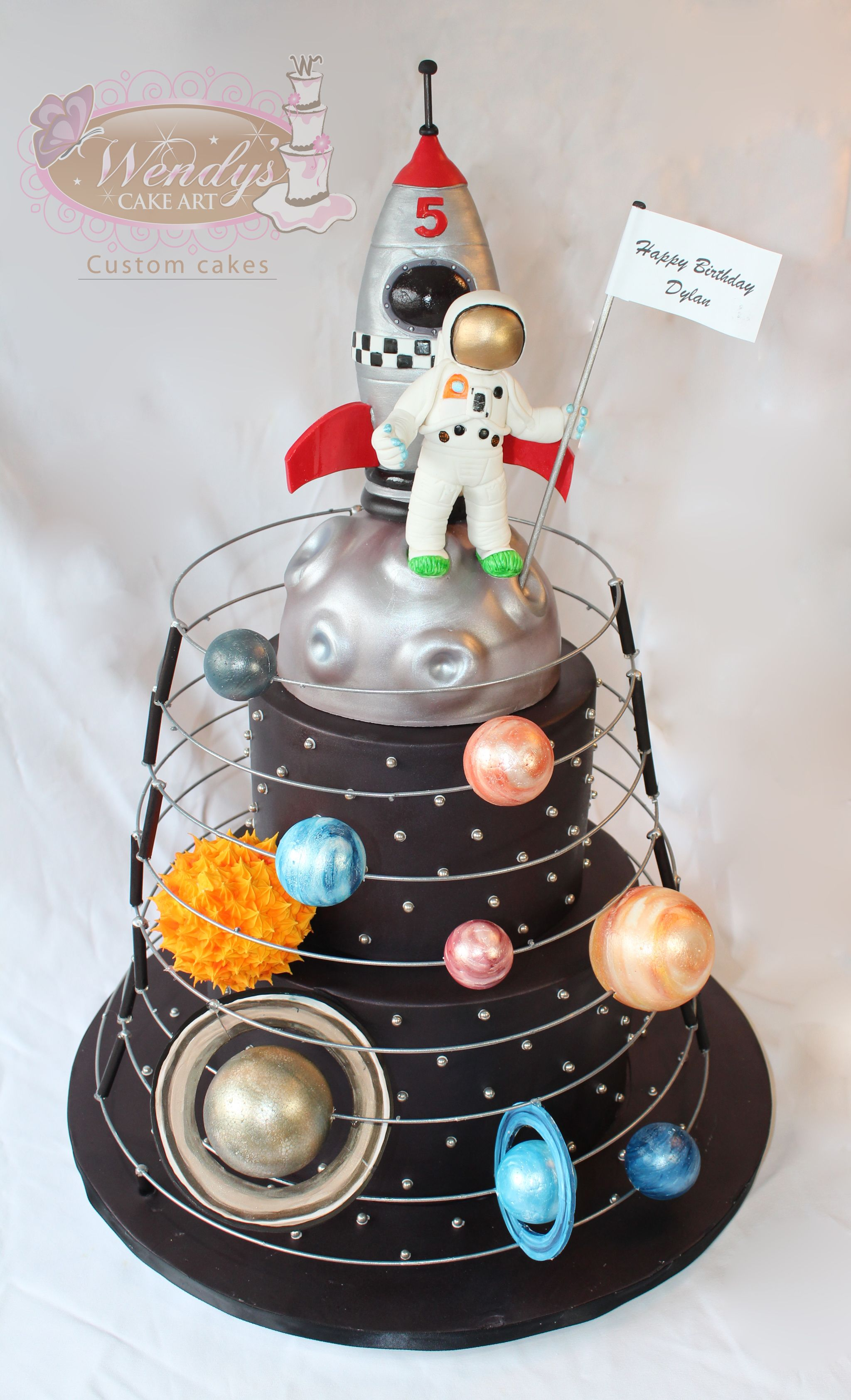 Solar system cake with astronaut and for Cake decorations outer space