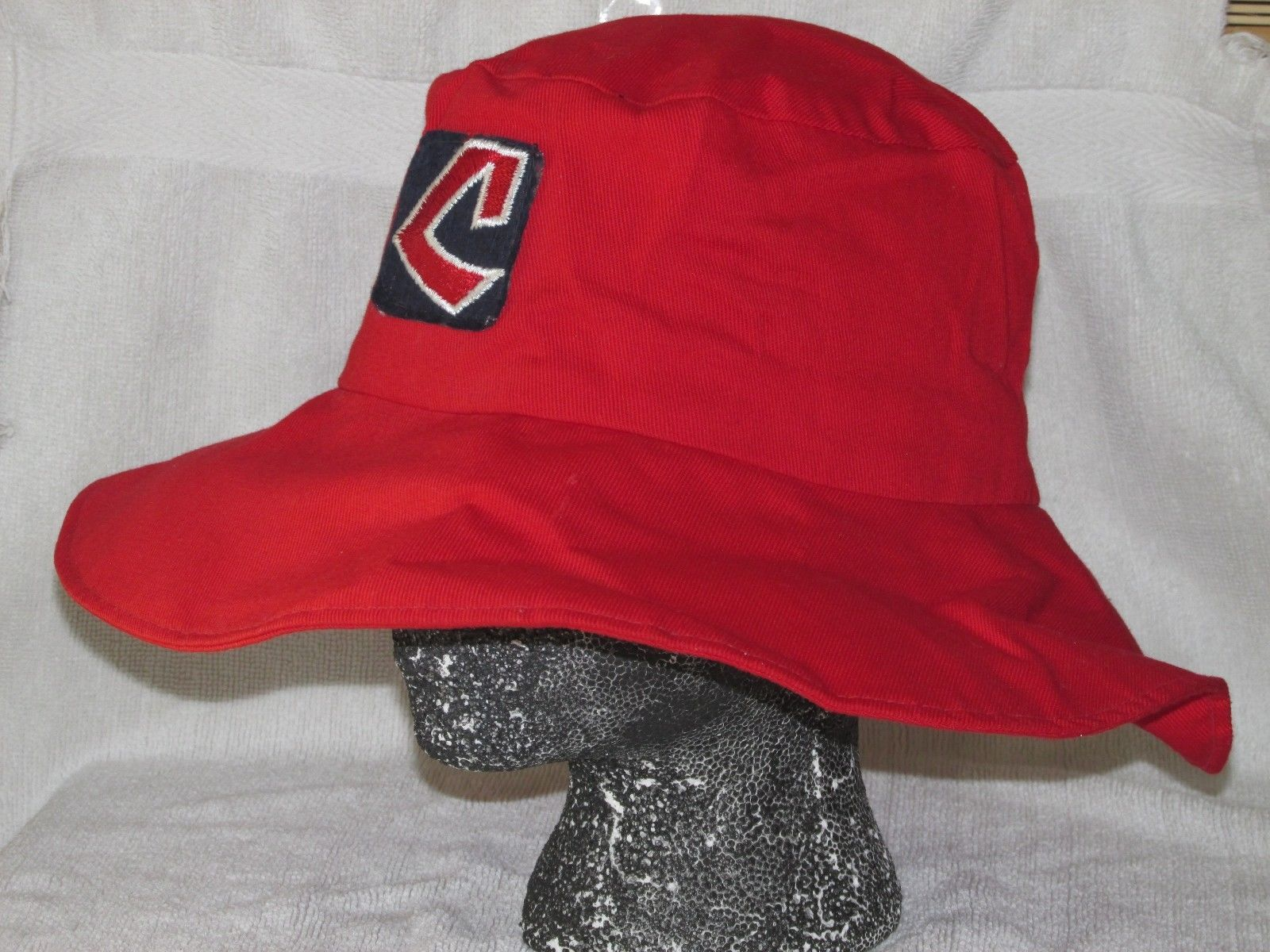 Vintage 70`s CLEVELAND INDIANS Bucket Hat Cap MLB VERY RARE Size M 7 please 23f9cd306f7