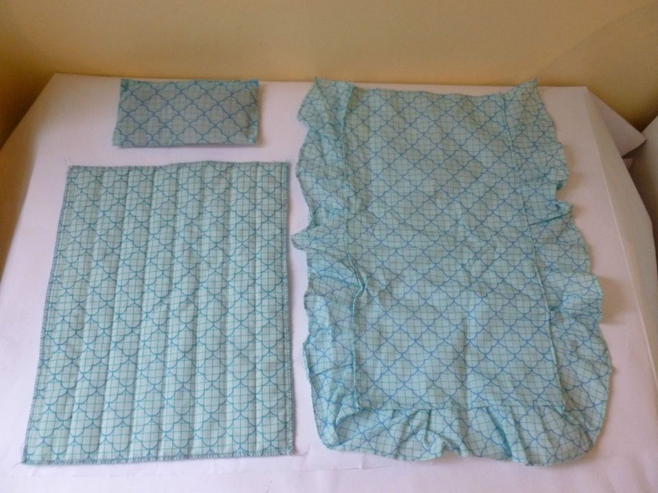 vintage Sindy Blue Bedding - pillow, valance and quilt