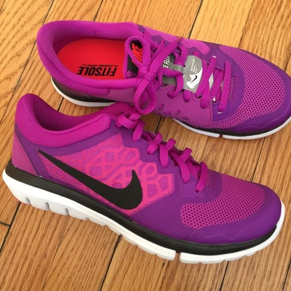 1907a520886a Womens Nike Flex 2015 Run size 6.5 Womens Nike Flex 2015 Run size 6.5. No  tags but Brand New! Purple with black Nike Logo Nike Shoes Sneakers