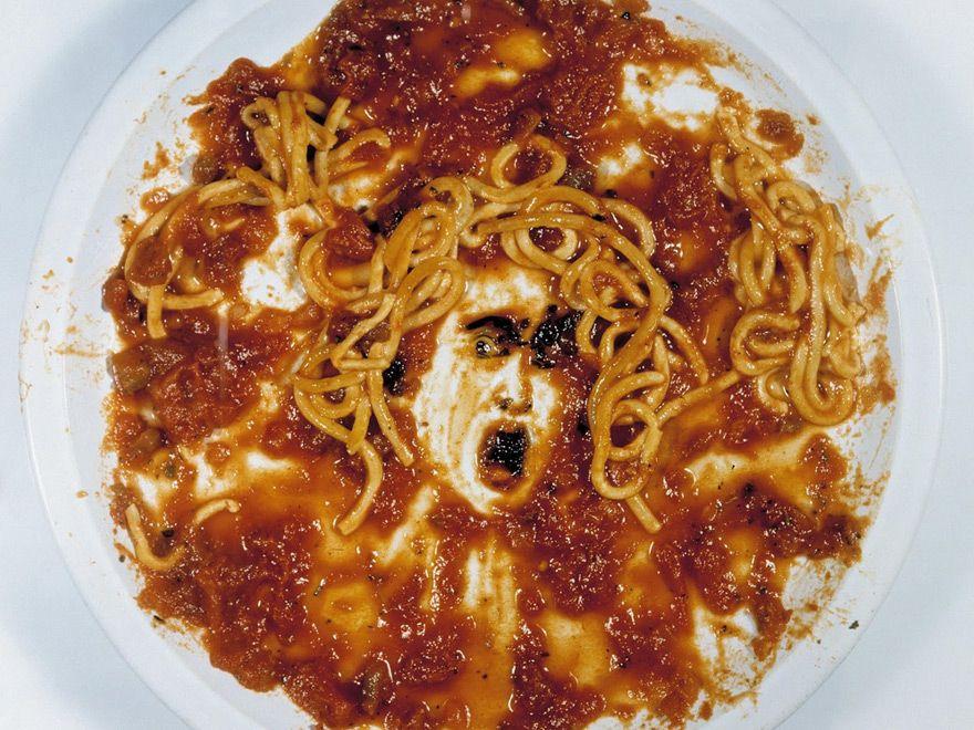 Medusa D Apres Caravaggio Vik Muniz Artistas Plasticos Arte