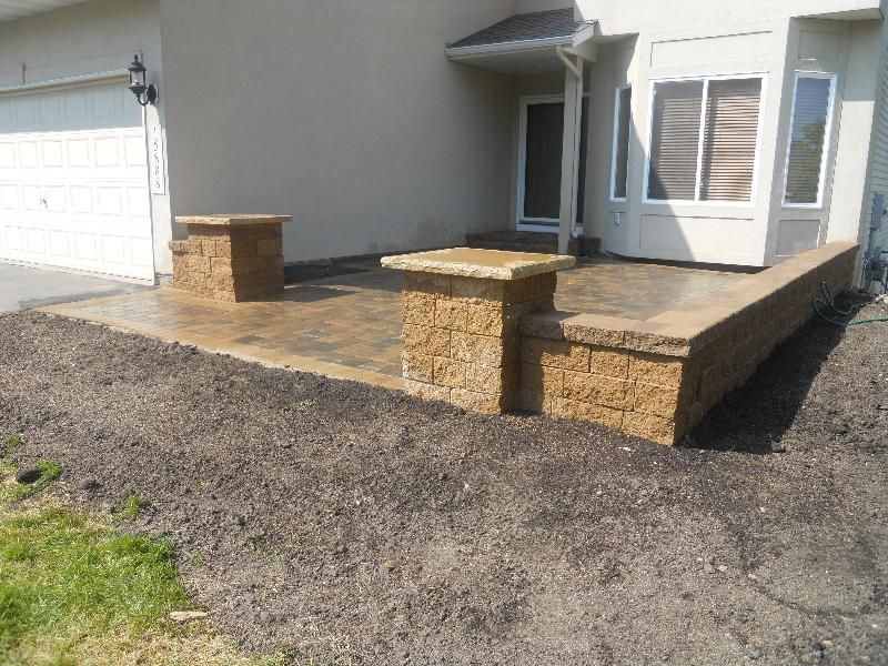 wall front yard patio