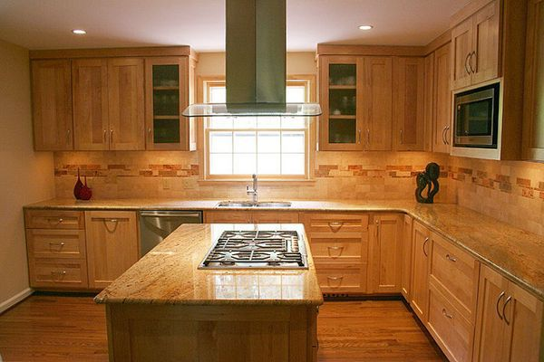 kitchen backsplash ideas with maple cabinets |  maple cabinets
