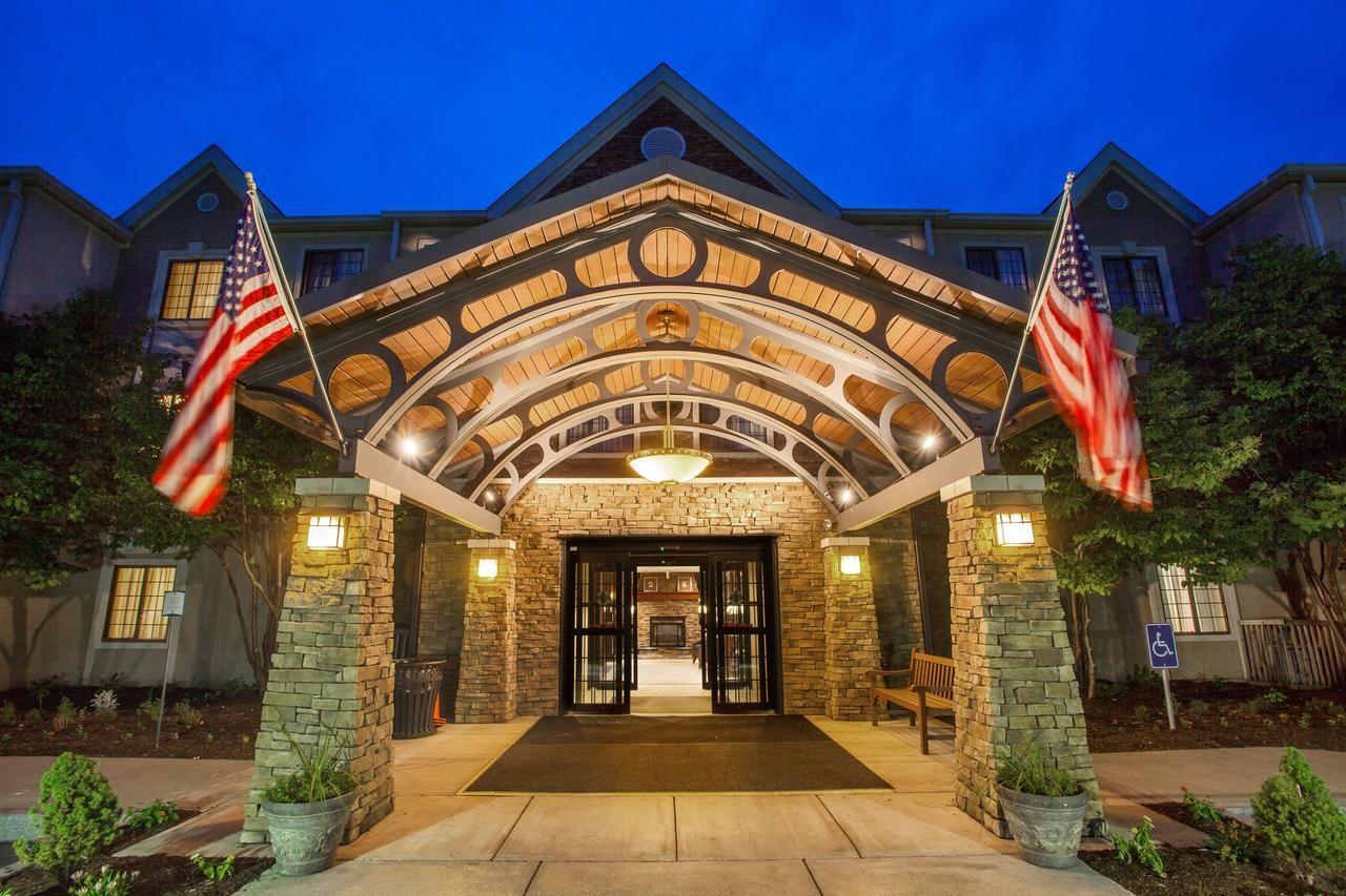 Hotel staybridge suites corning corning