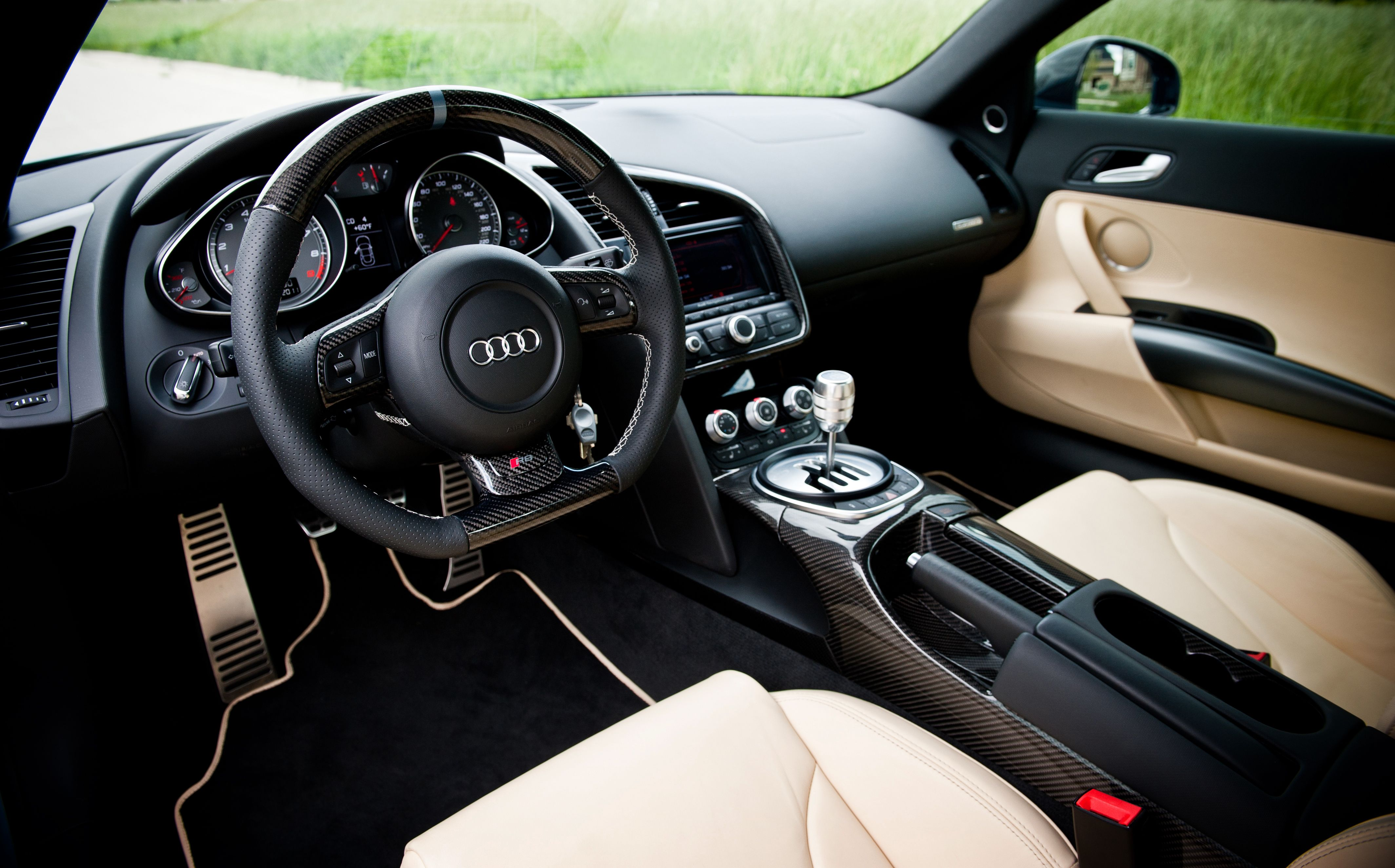 Audi R8 With A Bunch Of Macarbon Interior Parts Including Steering Wheel And Center Console Steering Wheel Audi Car Interior