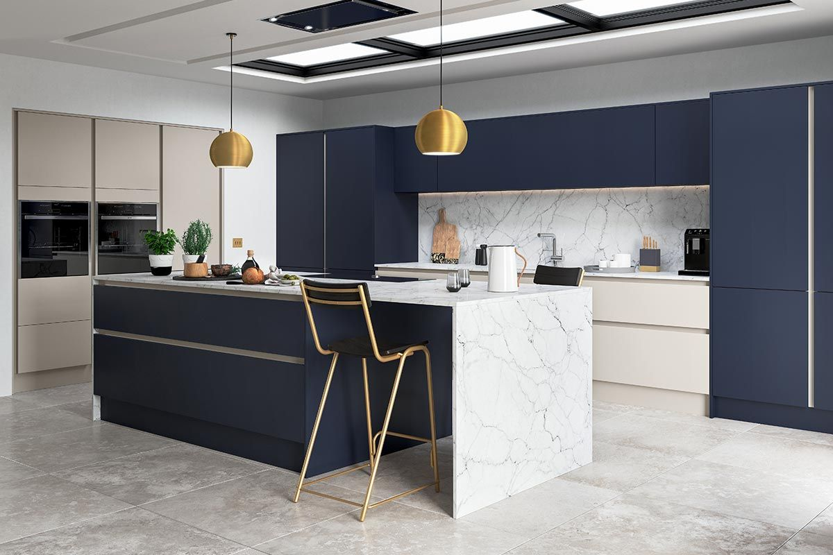 Free Standing Counter Lacquer Navy Blue Kitchen Cabinets In 2020 Handleless Kitchen Navy Blue Kitchen Cabinets Blue Kitchen Cabinets