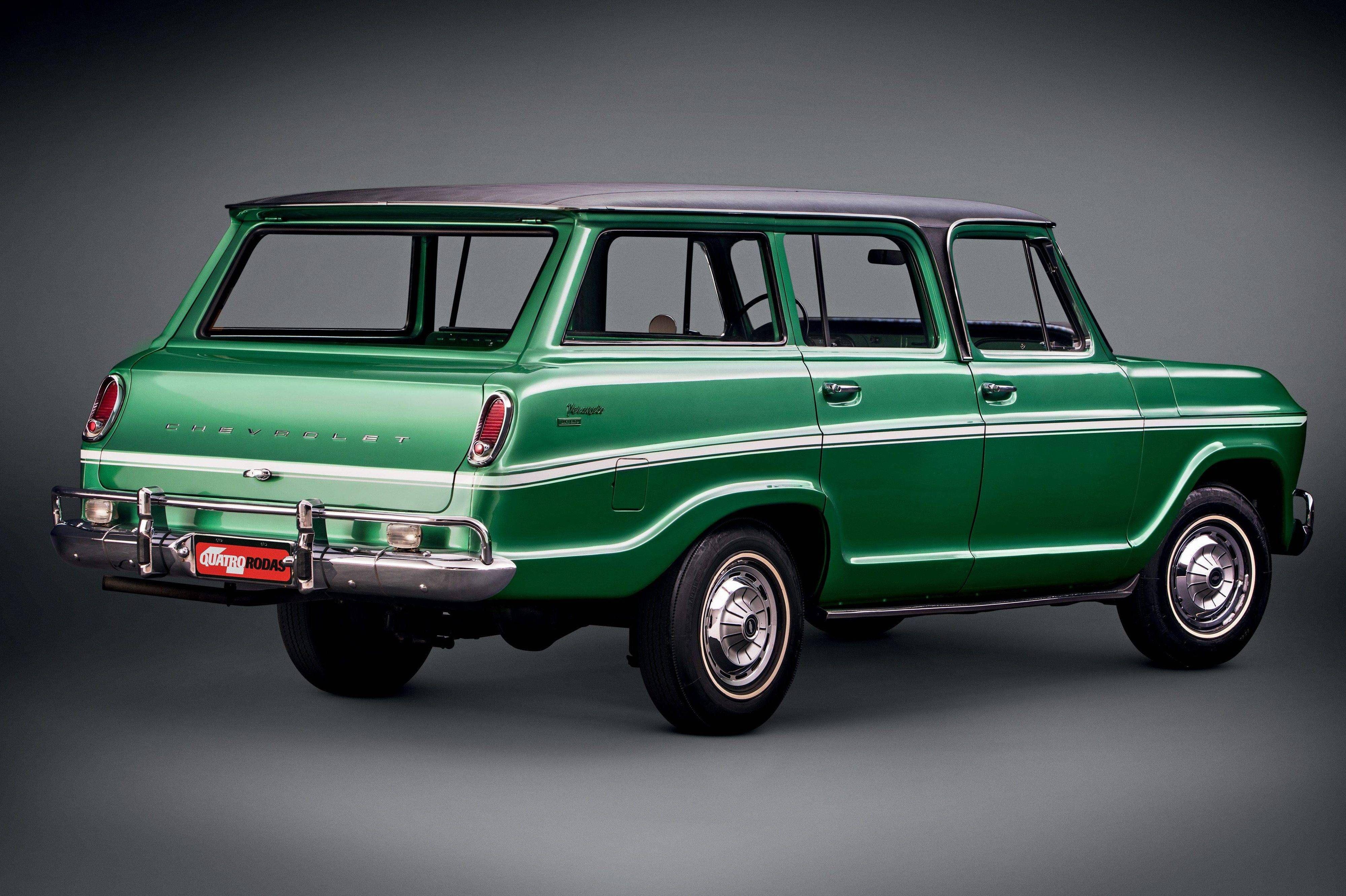 Classicos A Espacosa Refinada E Policialesca Chevrolet Veraneio