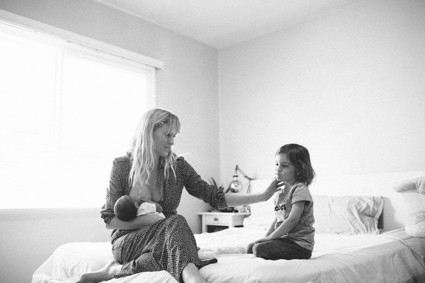 in-home Los Angeles newborn session | Family photography, Lifestyle ...
