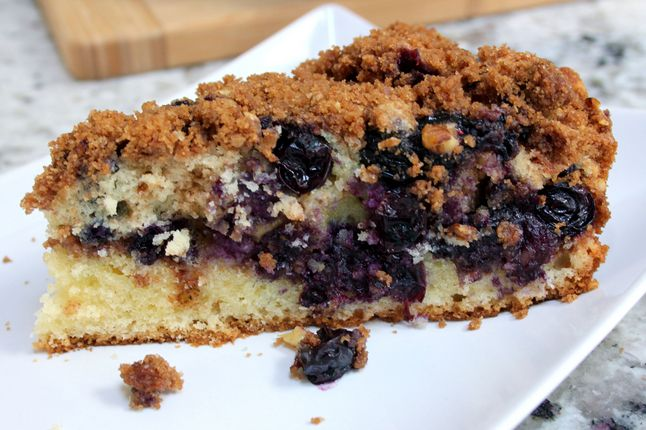 Blueberry Sour Cream Coffee Cake Easy Recipe Made In A Cast Iron Skillet Blueberry Coffee Cake Recipe Coffee Cake Recipes Coffee Cake