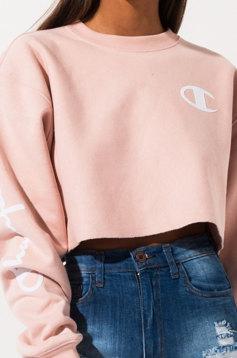 Champion Reverse Weave Cropped Script Sweatshirt Champion Clothing Cute Casual Outfits Cute Comfy Outfits [ 1209 x 800 Pixel ]