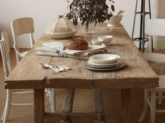 Country Table White Chairs Table Salle A Manger Salle A Manger Bois Vieille Table En Bois