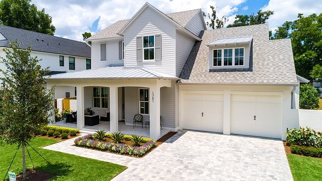 Best Roofing Is A Combination Cobblestone Grey Shingle With 400 x 300