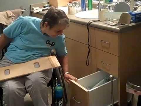 Cindy Paraplegic Transfer Wheelchair To Toilet Youtube