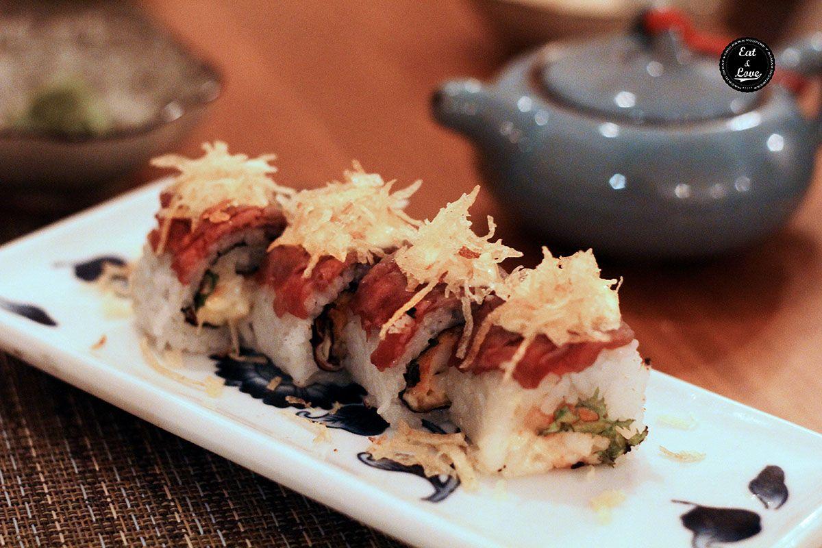 Maki roll mar y montaña de carne roja y langostino y crujiente de patata - Ronda 14 Madrid
