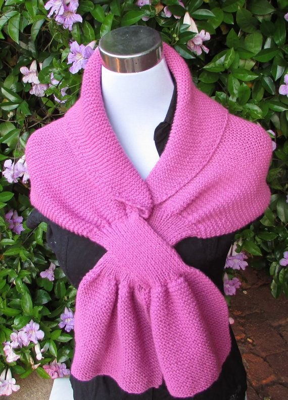 Knitting Pattern for Cabaret Keyhole Scarf - #ad I like that this is ...